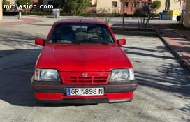 Ascona GT 2.0i hatchback sin catalizar