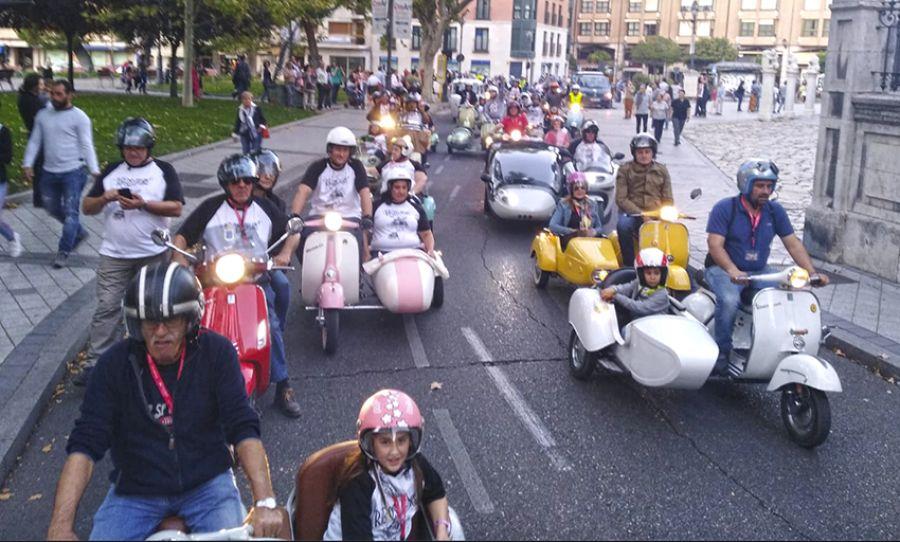 Valladolid acogió la primera concentración de sidecares de España