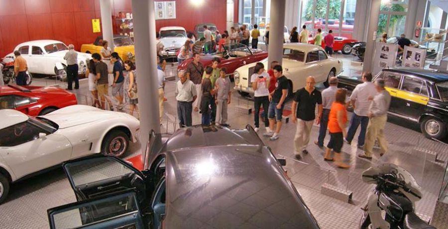 El Ayuntamiento de Salamanca paga 334.000 euros para retener seis clásicos en el Museo de Automoción