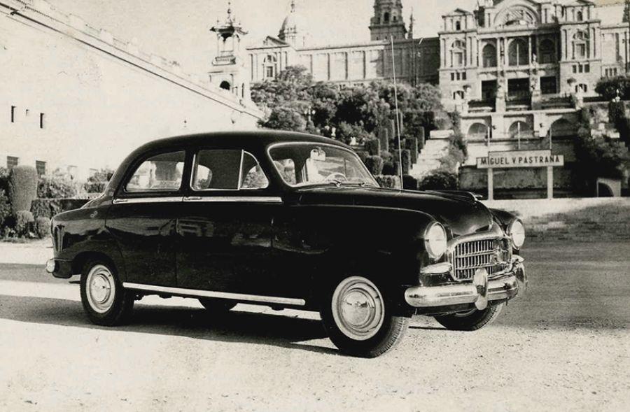 EL SEAT 1400, Raíces y variantes
