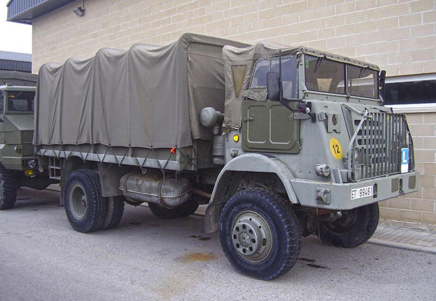 Los Camiones Pegaso 3045 y 3050
