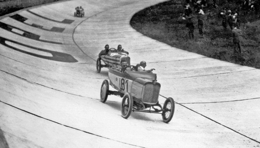 Se cumplen 100 años de las primeras competiciones en el Opel Rennbahn