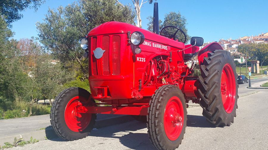 Los tractores también tienen su lugar en la colección de clásicos e históricos