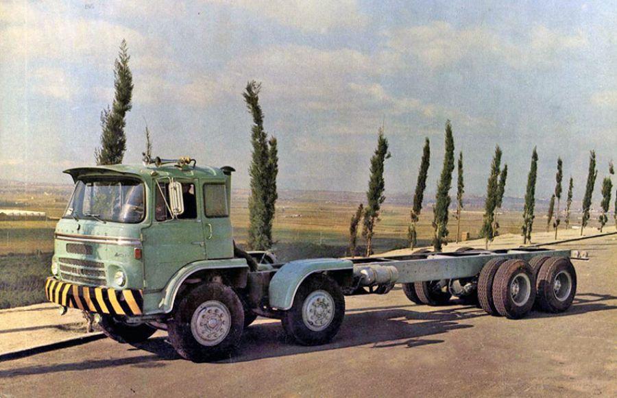 """El bello camión Barreiros """"Super Azor Gran Ruta"""""""